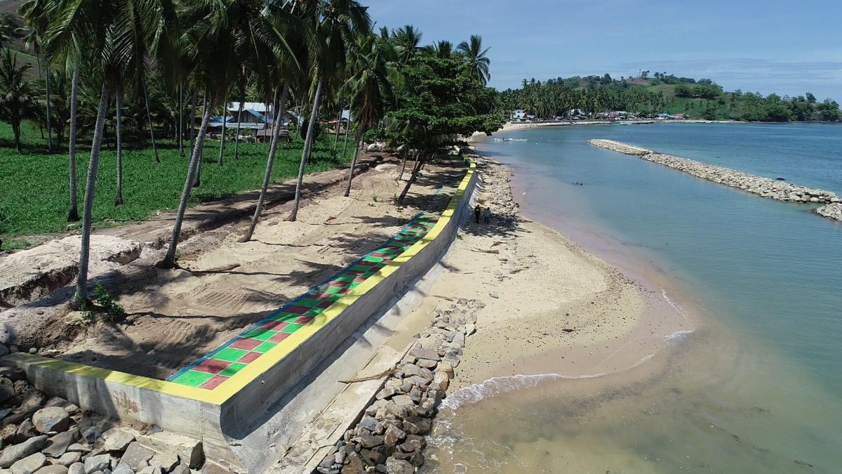 Proyek Pembangunan Pengaman Pantai Seawall Atinggola Kab. Gorontalo Utara Sebagai Spot Wisata