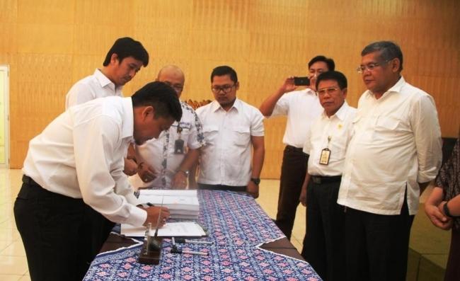 Penandatanganan Kontrak Pembangunan DI Lematang Untuk Pembukaan Areal Sawah Baru Seluas 3000 Ha