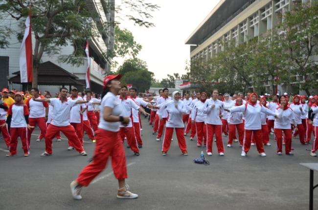HUT ke 70 Tahun Indonesia Merdeka : Gelorakan Semangat Ayo Kerja