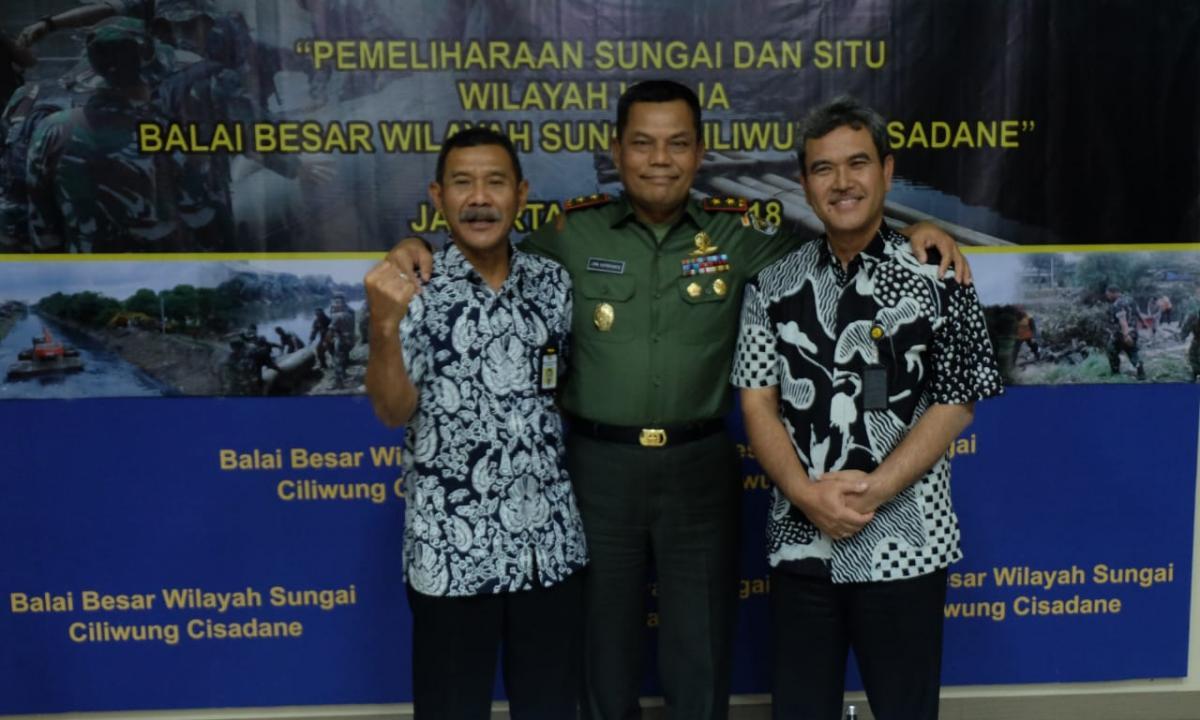 Kerjasama BBWS Ciliwung Cisadane dan Kodam Jaya Jayakarta Wujudkan Bersih Sungai dan Situ