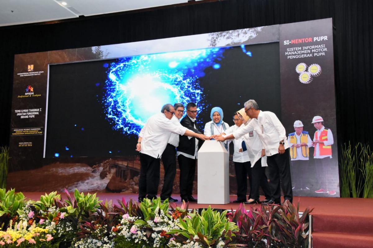Temu Ilmiah Pejabat Fungsional PUPR Sebagai Motor Penggerak Pembangunan Infrastruktur