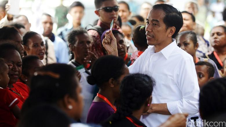 Bangun Infrastruktur di Papua, Jokowi Gelontorkan Triliunan Rupiah
