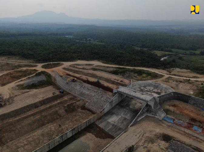Bendungan Semantok Ditargetkan Selesai Tahun 2022 Untuk Memperkuat Ketahanan Pangan