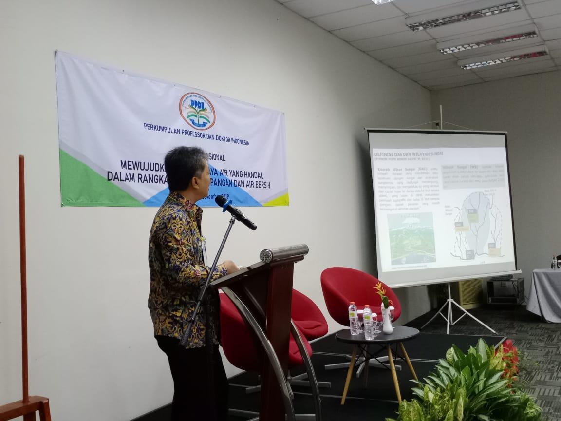 Dirjen Sumber Daya Air Hadiri Seminar Nasional Perkumpulan Profesor dan Doktor Indonesia