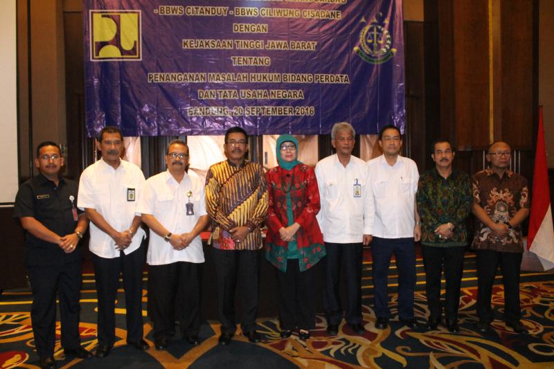 Penandatanganan MoU 4 Balai Besar Wilayah Sungai dengan Kejati Jawa Barat