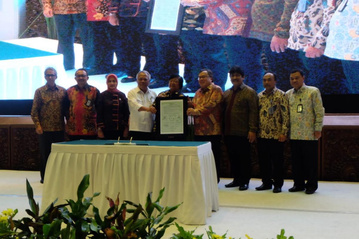 11 Kementerian Tanda Tangani Nota Kesepahaman Penyelamatan Danau Prioritas Nasional