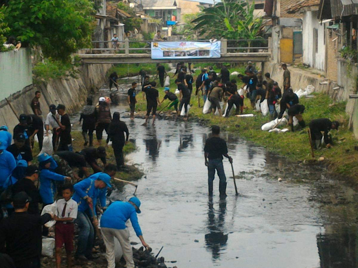 Aksi Bersih Sungai Dalam Peringatan HAD XXV 2017