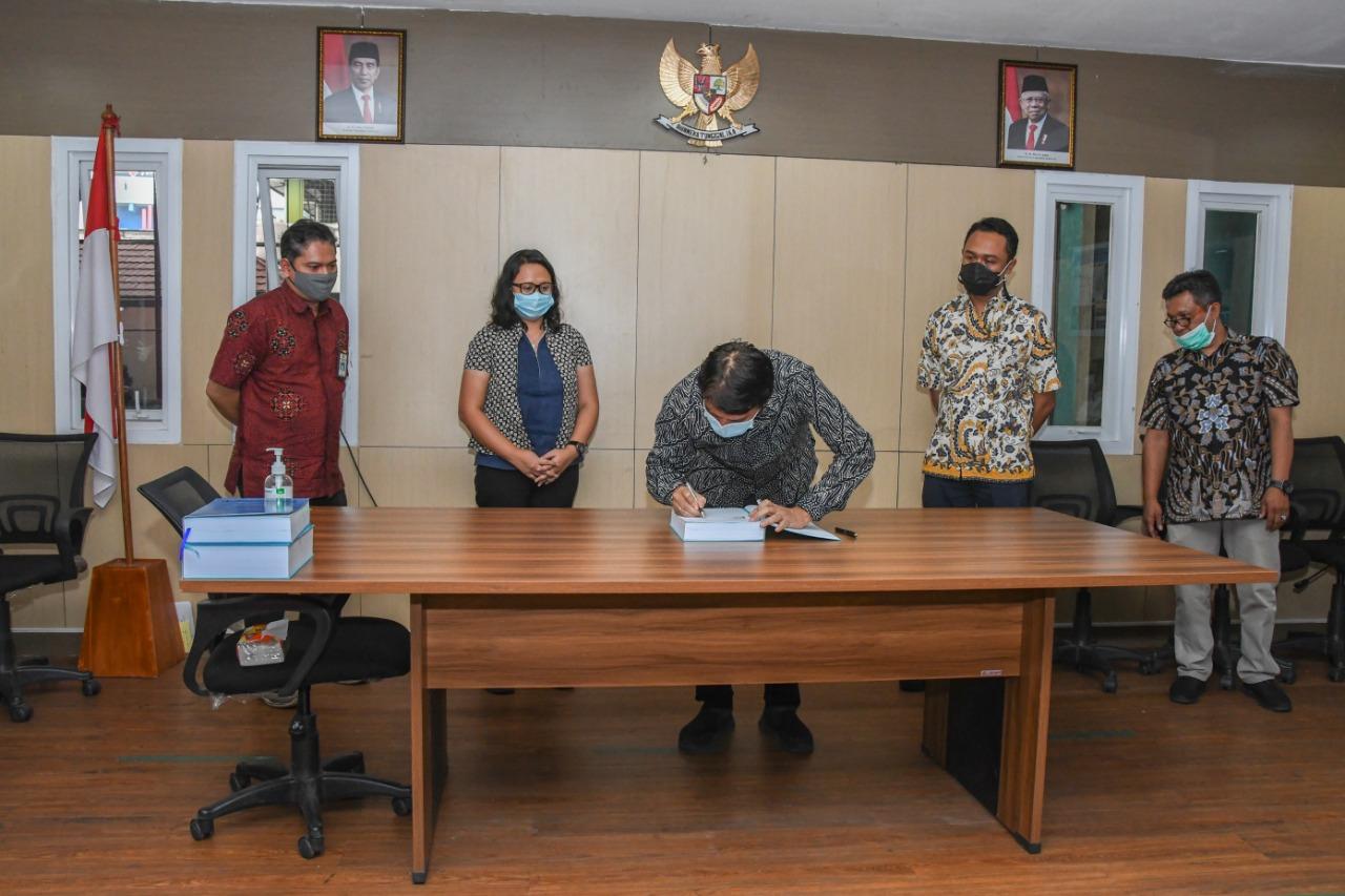 Penandatanganan Kontrak di Lingkungan SNVT Pelaksanaan Jaringan Pemanfaatan Sumber Air Citarum (16)