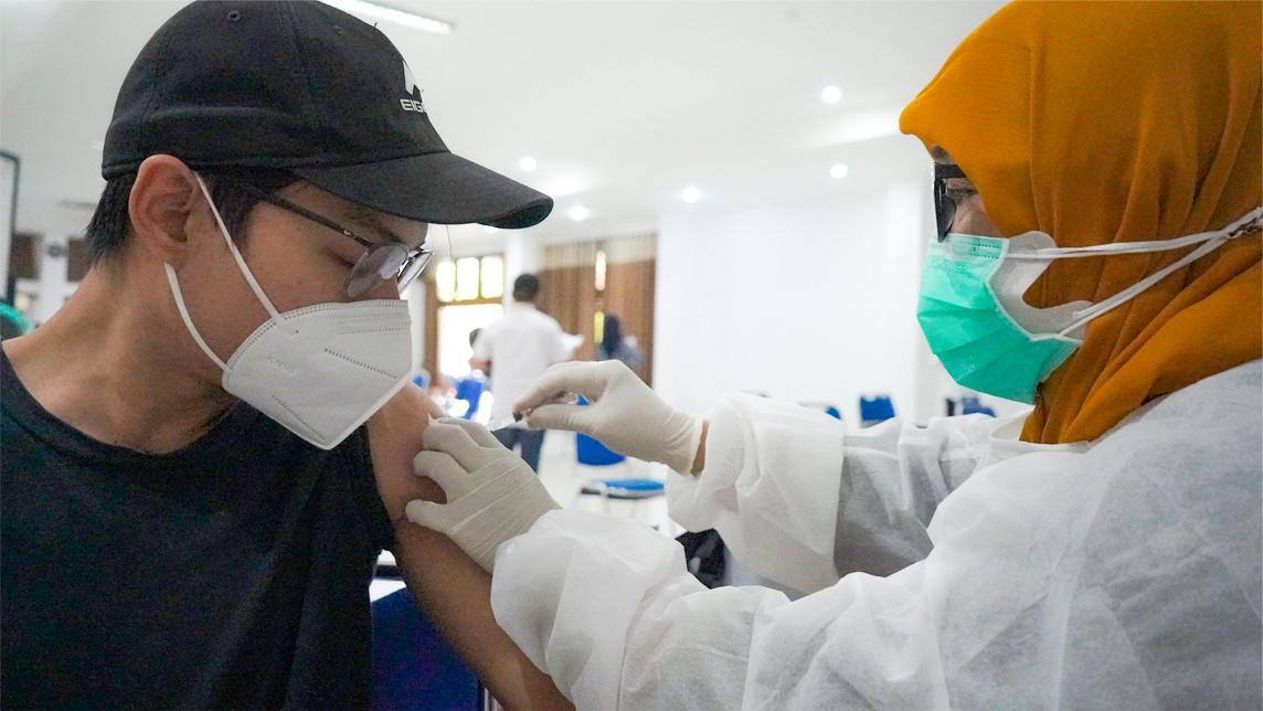 Vaksinasi COVID-19 Pegawai dan Keluarga di Kementerian PUPR Provinsi Jawa Barat
