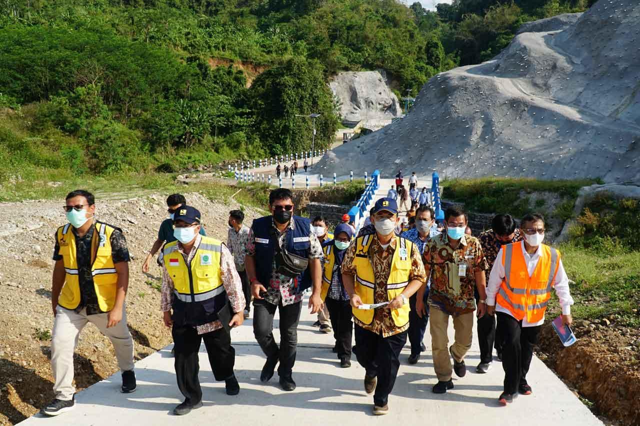 Kunjungan Lapangan Direktur Air Minum dan Kepala BBWS Pemali Juana ke SPAM Semarang Barat