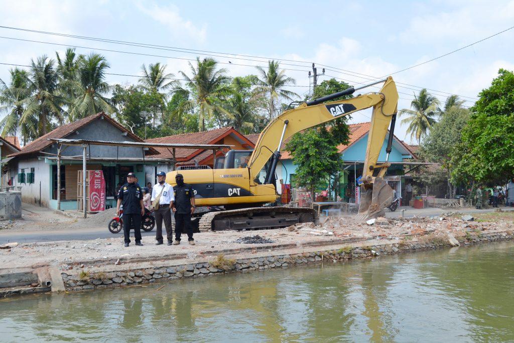 BBWS Serayu Opak Tertibkan 70 Bangunan Ilegal di Sempadan Irigasi Purbalingga