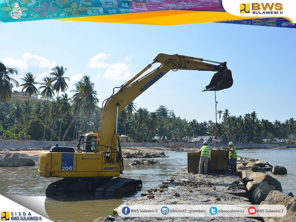 Bupati Gorontalo Utara Apresiasi Pembangunan Pengaman Pantai Atinggola