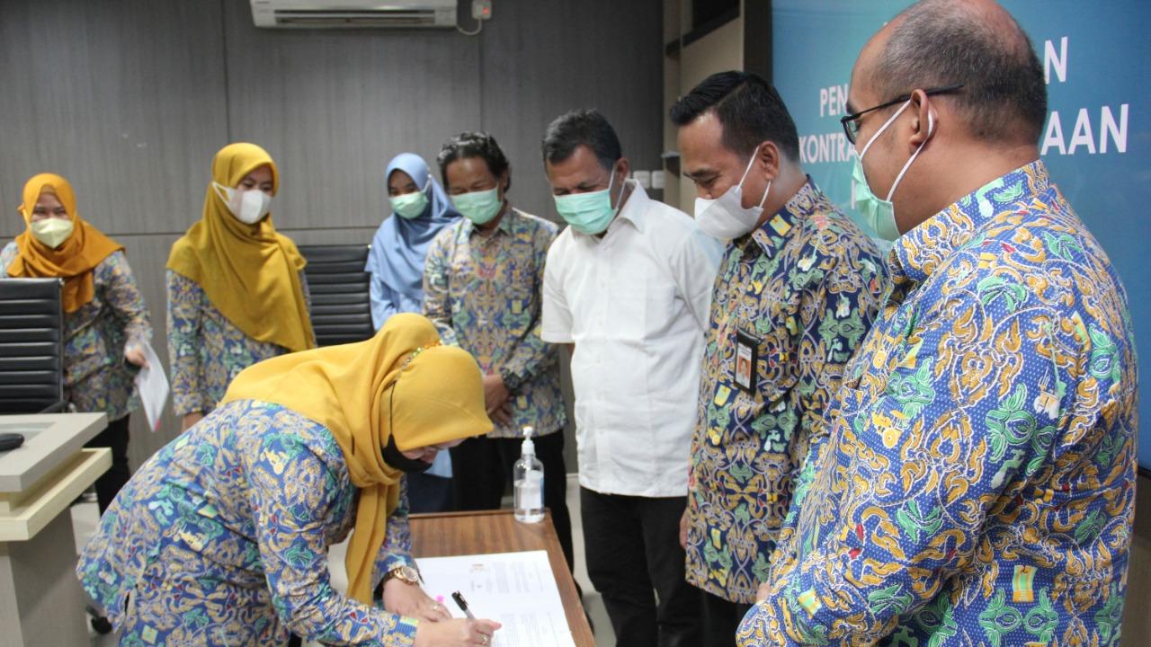 penandatanganan-kontrak-paket-pekerjaan-konsultansi-perencanaan-dan-program