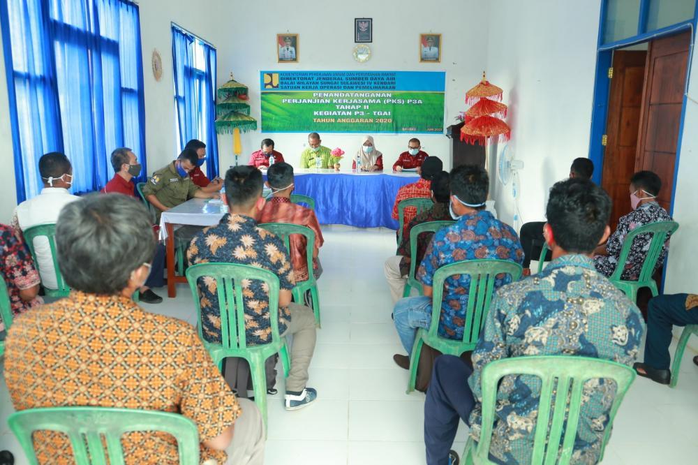 Penandatanganan Pakta Integritas dan Perjanjian Kerjasama Program P3TGAI Tahap II BWS Sulawesi IV Kendari Tahun 2020