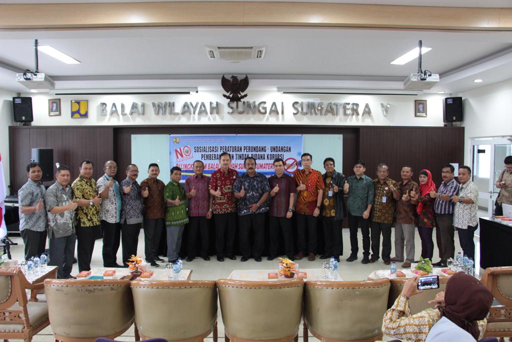 Sosialisasi Peraturan Perundang-Undangan Pemberantasan Tindak Pidana Korupsi di   Lingkungan Balai Wilayah Sungai Sumatera V