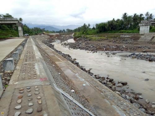 Pembangunan Pengendali Banjir Sungai Batang Kuranji Segmen Tengah Capai 75%