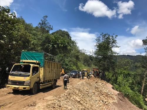 Jalur Sumatera Barat – Riau Sudah Bisa Dilalui Kendaraan
