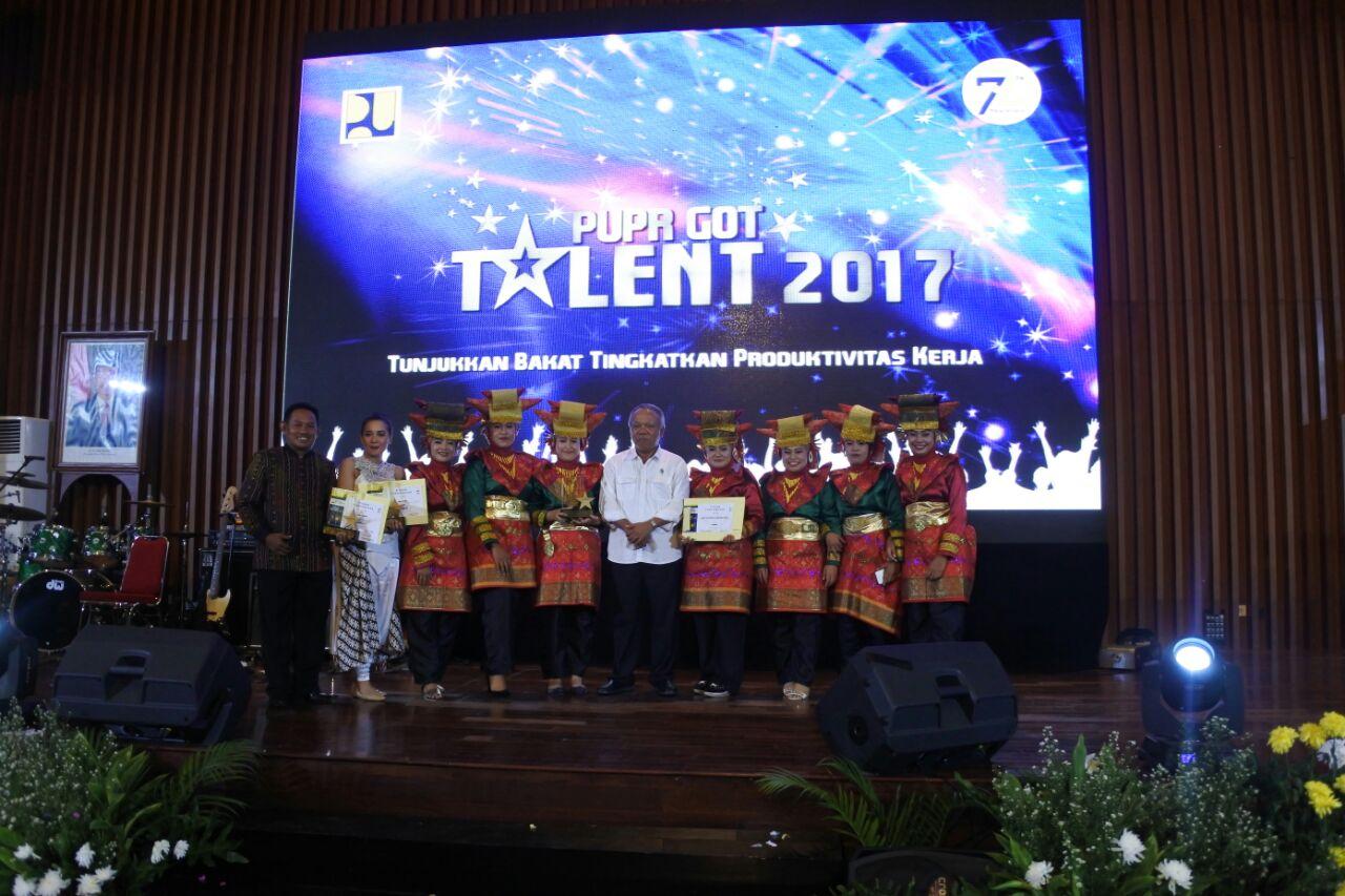 Tim Tari BWS SUMATERA V Bawa Pulang Gelar Juara PUPR GOT TALENT 2017
