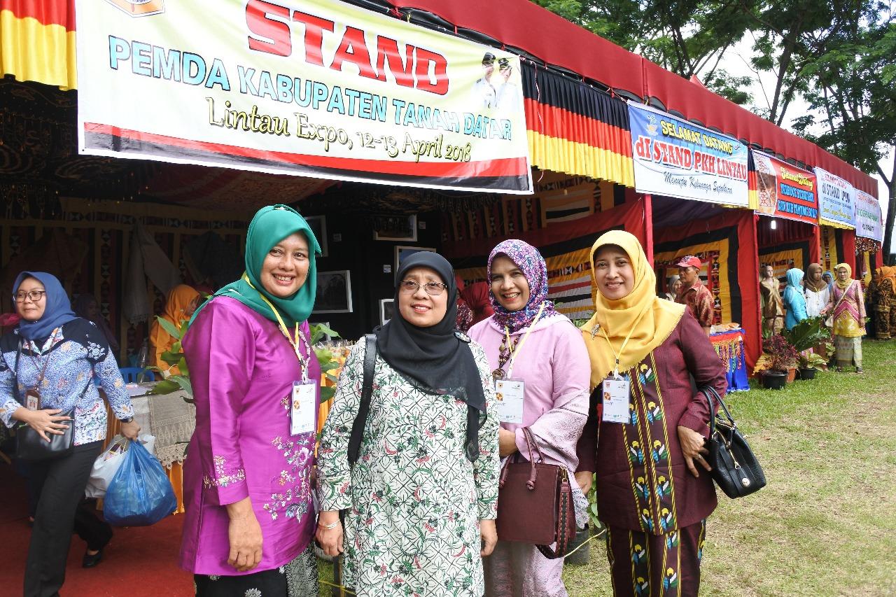 Ibu Mufida Kalla dan Kartika Basuki Pulang Kampung dengan sederet agenda