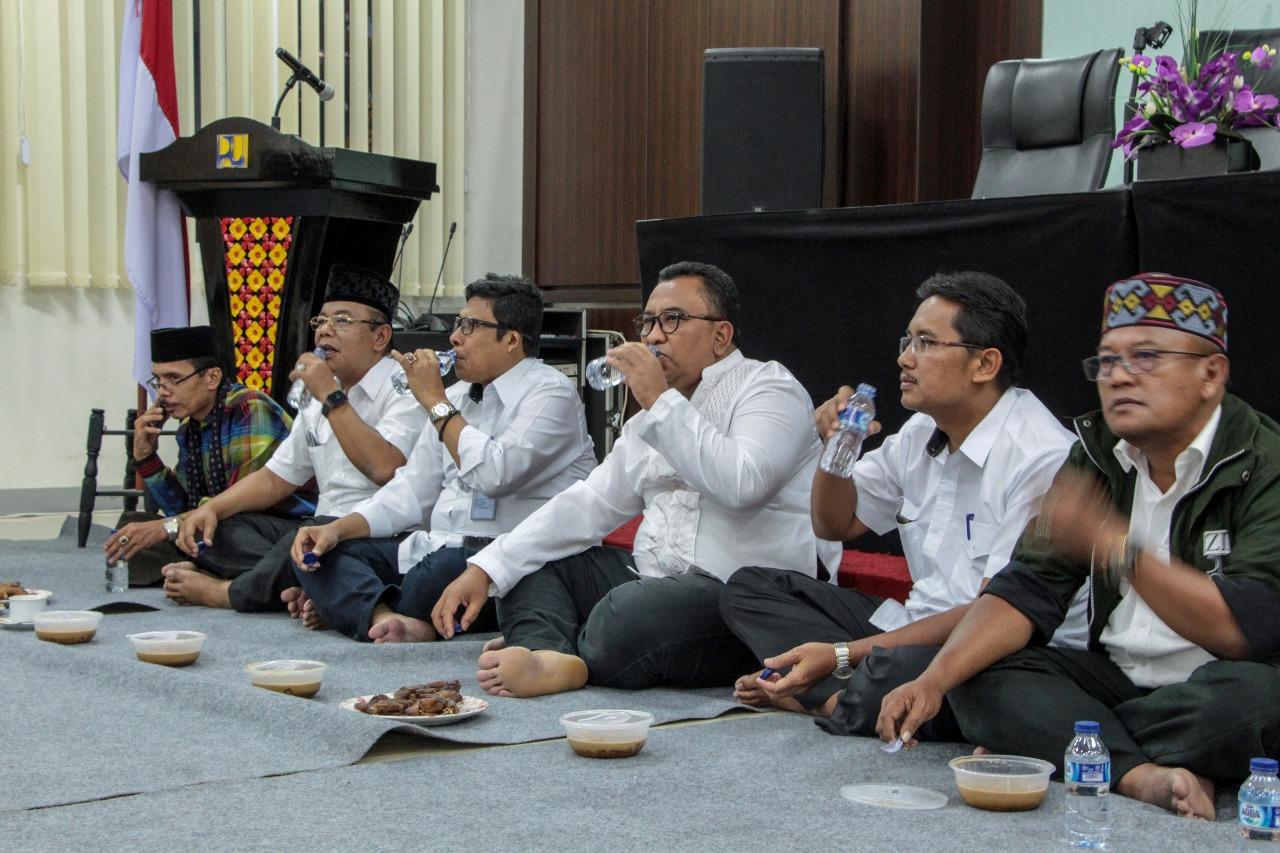 Keluarga BWS Sumatera V Gelar Buka Puasa