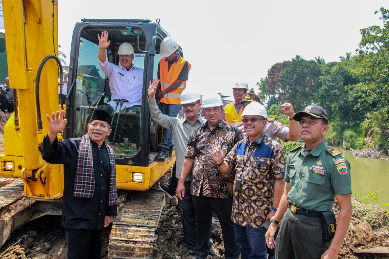 Groundbreaking Pembangunan Pengendalian Banjir Batang Lembang Kabupaten dan Kota Solok