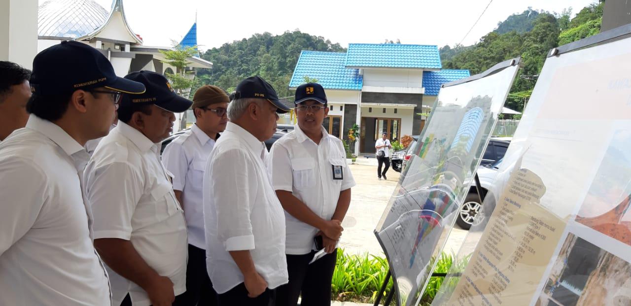 Kunjungan Kerja Menteri PUPR Dan Penganugerahan Sebagai Warga Utama Pesisir Selatan