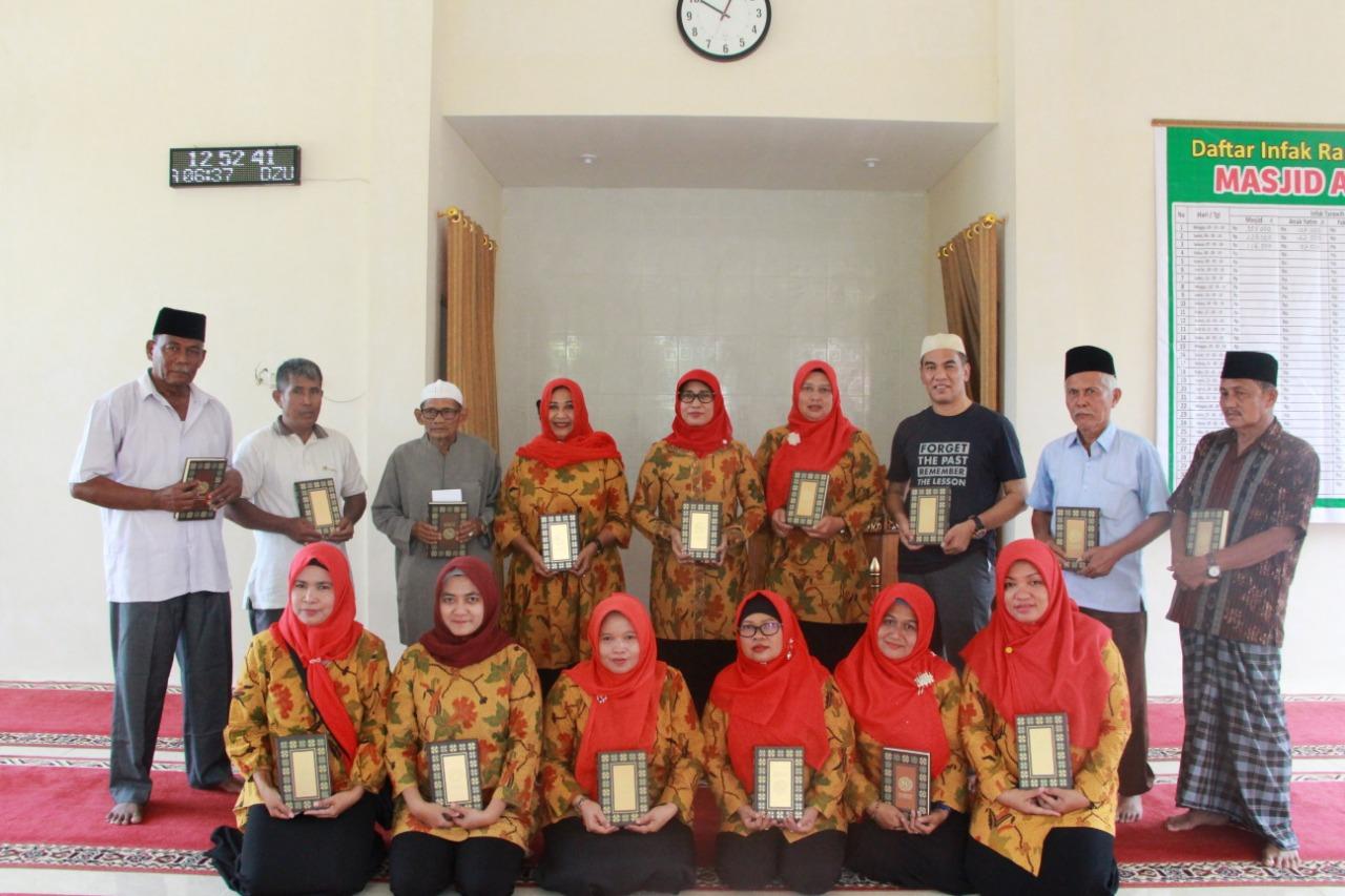 Penyerahan Bantuan Al-Qur'an dan Al-Qur'an Braille, Awali Ramadhan 1440 H Paguyuban Ibu-Ibu BWS Sumatera V