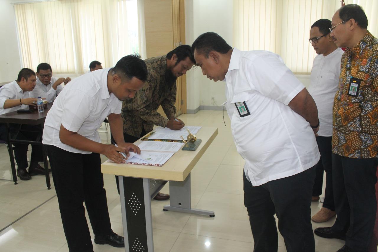 Penandatanganan Paket Kontraktual Lelang Dini TA 2020 BWS Sumatera V