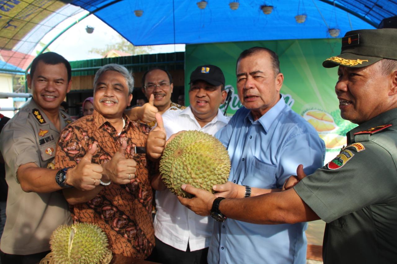 Difasilitasi BWS Sumatera V dan diresmikan Wagub Nasrul Abit, Caffe Durian Danau Cimpago Warna Baru Wisata Kuliner di Kota Padang