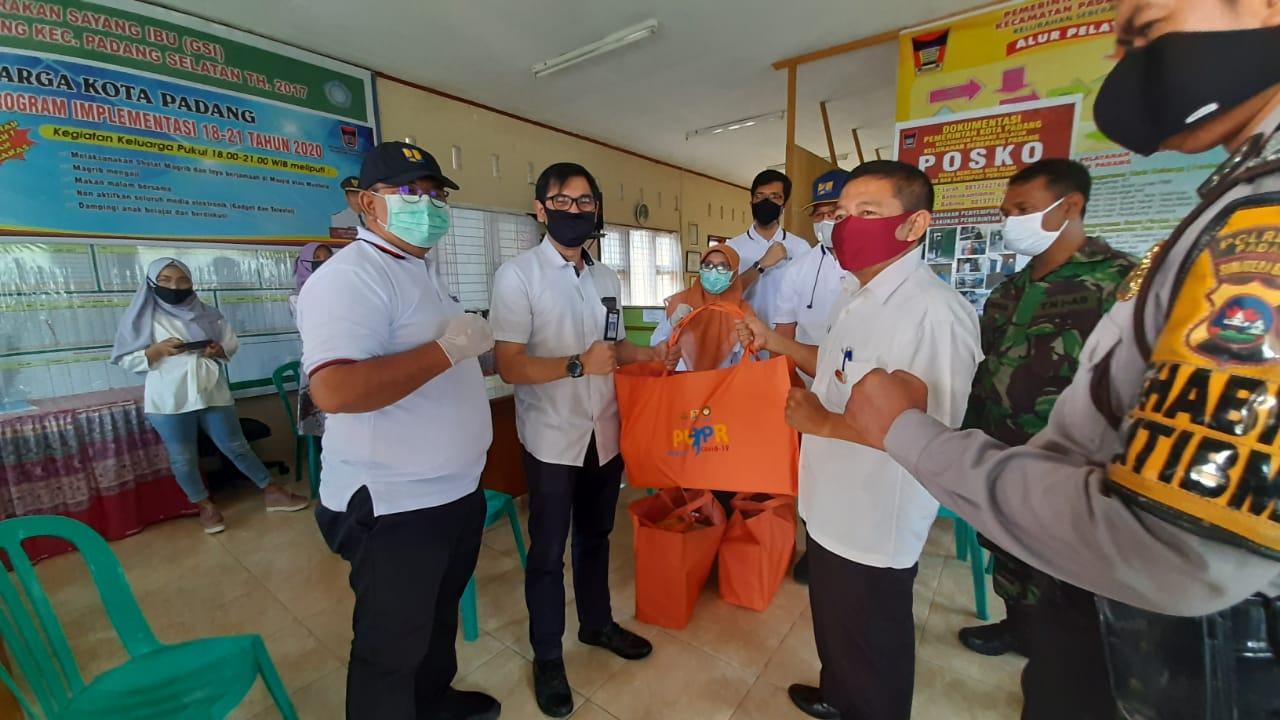 Kementerian PUPR Peduli COVID-19 Berbagi Paket Sembako Serentak Se Indonesia