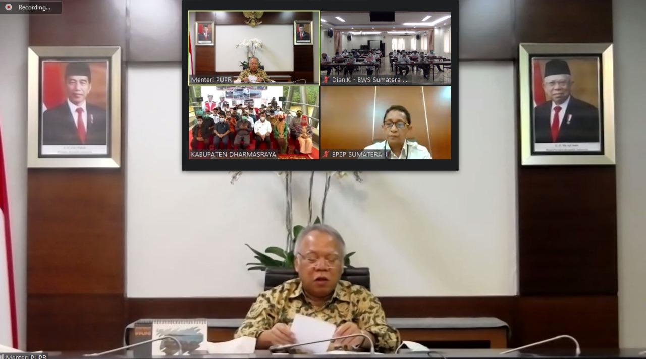 Resmikan Infrastruktur di Kabupaten Dharmasraya, Menteri PUPR : Kami Mendukung PemKab