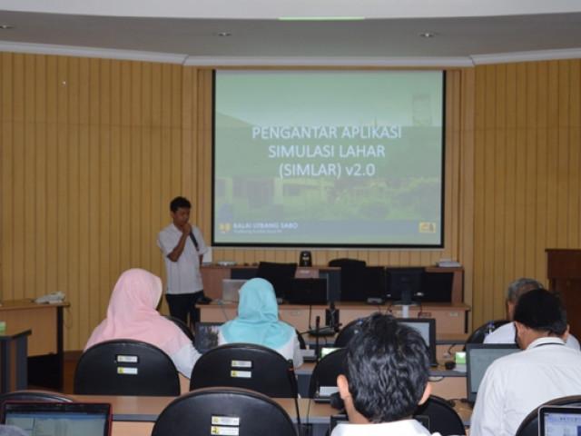 Pelatihan Software SIMLAR